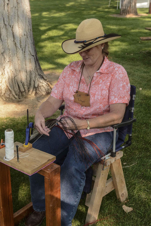WL_Linnell_weaving horsehair